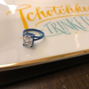 Jewelry - Blue costume ring with white square stone
